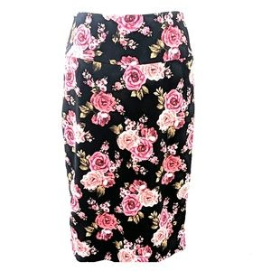 NWOT LuLaRoe UNICORN Cassie Floral Pencil Skirt